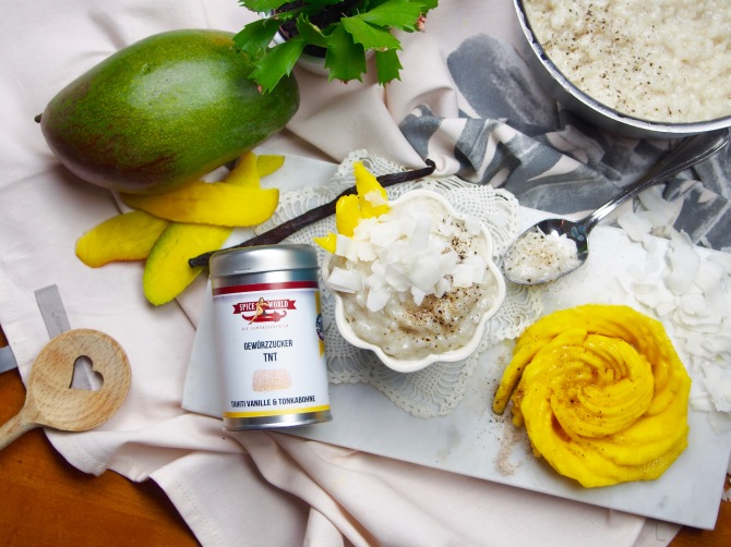 Mango-Rose mit Milchreis